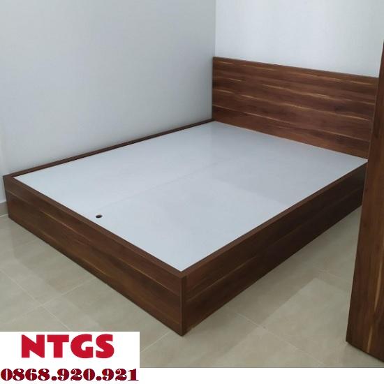 giường 1m2 giá rẻ